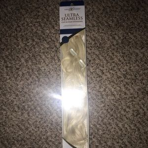 """Accessories - 18"""" Human Hair Clip In Extensions!"""